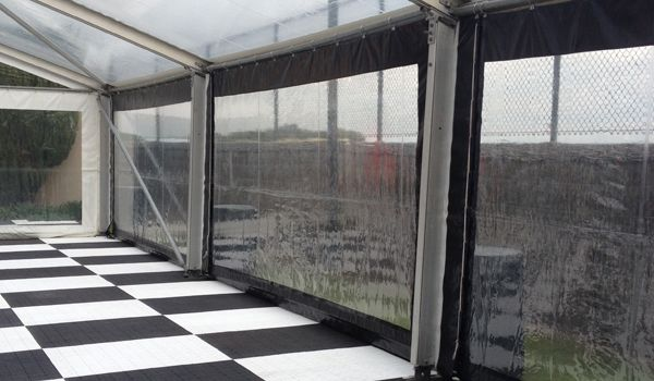 Clearspan Structure – Clear Walls with Black surround