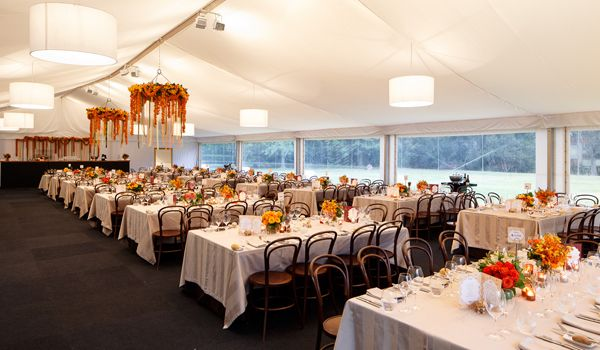 15m Clearspan Structure – Flat White Liner & White Chintz Lanterns