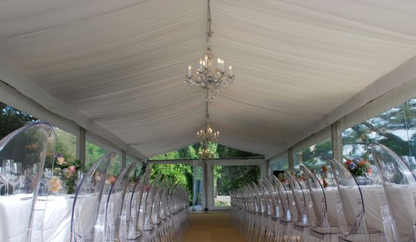 6m Clearspan Structure – Flat White Liner & Chandeliers
