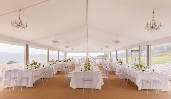 10m Clearspan Structure – Flat White Liner & Chandeliers