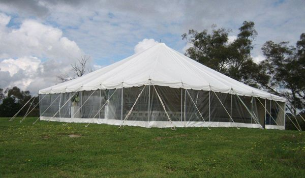 12m x 12m Pole Marquee – Walls On
